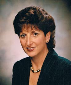 Portrait photograph of Northstar president and founder, Linda Becker.